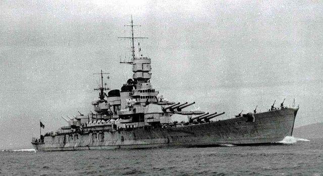 italian_battleship_roma_1940_starbo_640