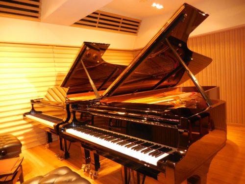 「聴きあうこと」2台ピアノから スタインウェイサロン松尾ホール