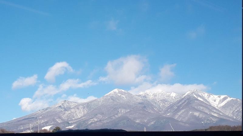 八ヶ岳ブルー「紺碧の空」